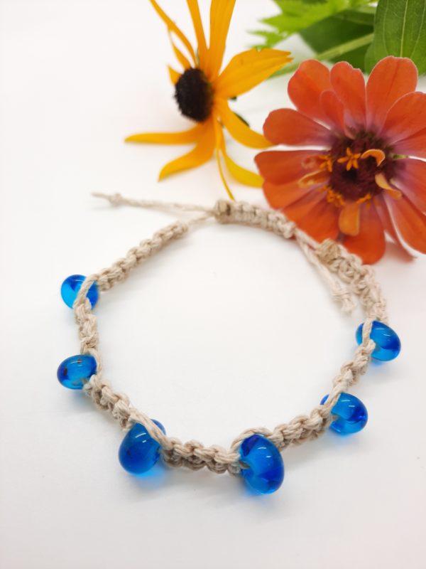 Beachy in natural hemp bracelet
