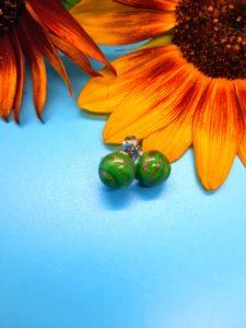 Dark green with gold swirl post earrings