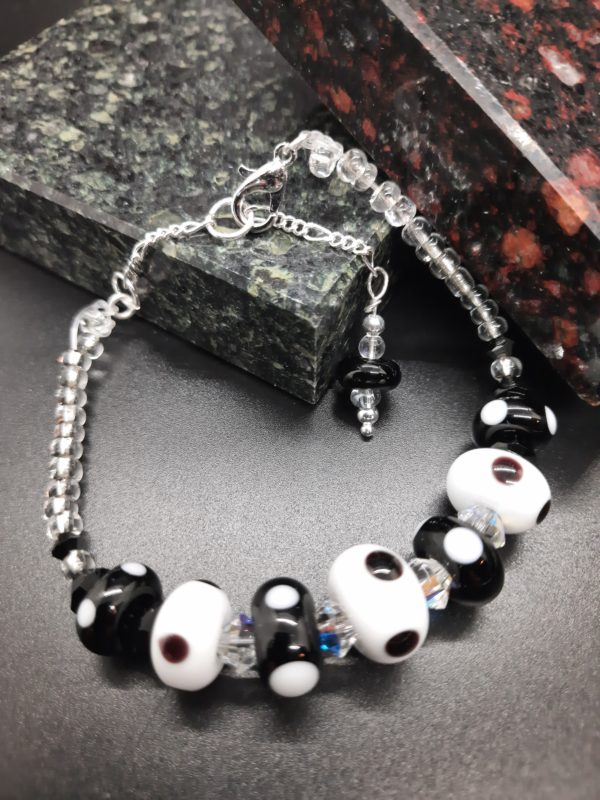 Dotty black and white bracelet