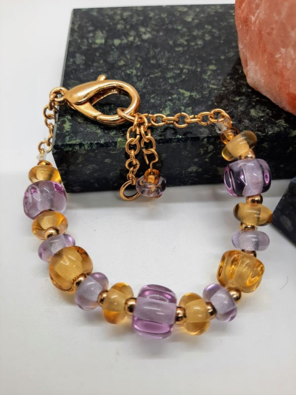 Lavender and ale gold bracelet