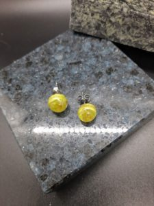 Lime with gold swirl post earrings